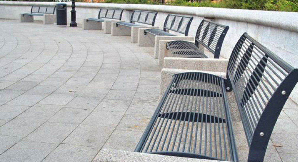 Arredo urbano panchine una sosta in relax for Arredo urbano panchine